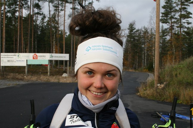 Heidi Kuuttinen jagar guld i terräng-FM i Kurikka på söndagen.