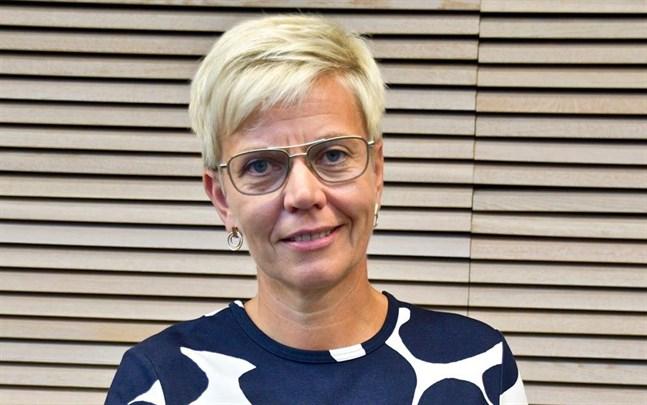 Inger Damlin, ordförande för Finlands Svenska Lärarförbund, säger att studiehandledarna är i en nyckelposition i läropliktsreformen.