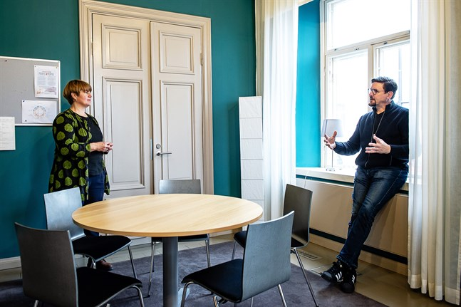 Håkan Omars och Marika Holm tillträdde sina tjänster vid Novia i Jakobstad den 1 augusti.