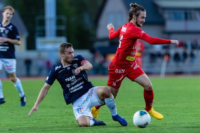 Topi Järvinen spelade fram Anthony Olusanya till första halvleks bästa chans.
