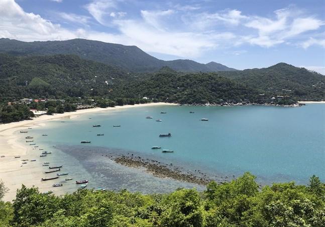 Thailands paradisstränder lockar turister – och recensioner. Arkivbild från Koh Phangan.