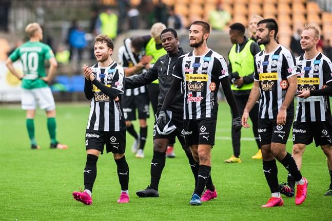 Ian Garrett, Steven Morrissey, Samu Alanko, Honar Abdi och Arttu Nuutinen fick fira derbyseger.