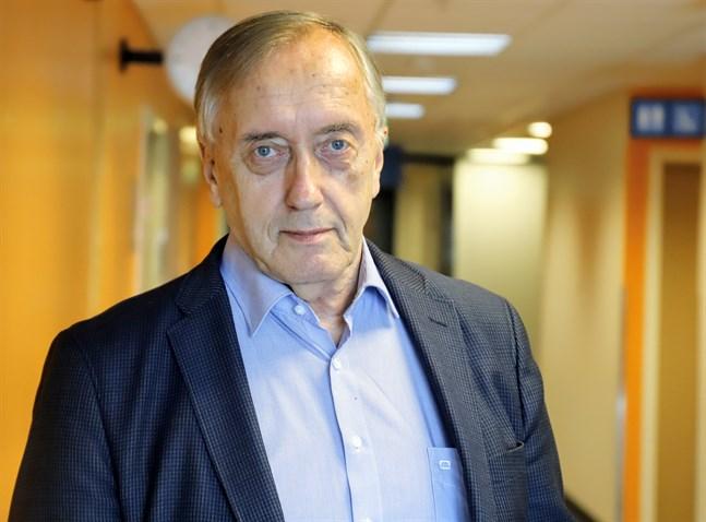 Hans Frantz, ordförande för Vasa sjukvårdsdistrikts styrelse, säger att Österbottens välfärdsområde bara inrättar tjänster som kan motiveras.