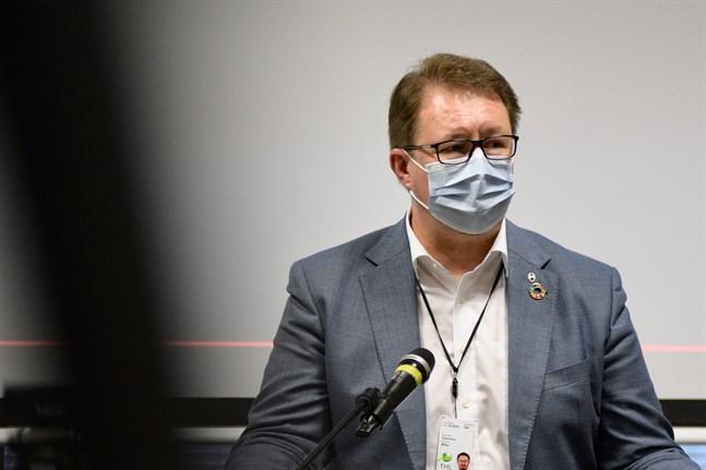 Mika Salminen, direktör på Institutet för hälsa och välfärd, säger att hösten och vintern kan bli svåra.