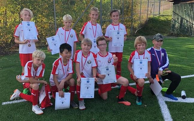 Jaros P10-lag hade en lyckad fotbollsturnering i Jyväskylä förra helgen.