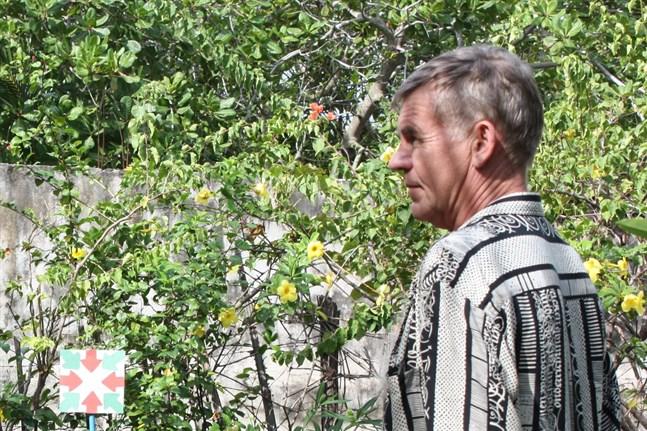 Stig Björkas driver hotell  i Monterrico, Guatemala sedan 14 år tillbaka.