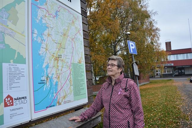 Märta Backlund från Pörtom är ordförande i Närpes pensionärsförening, som har över tusen medlemmar.