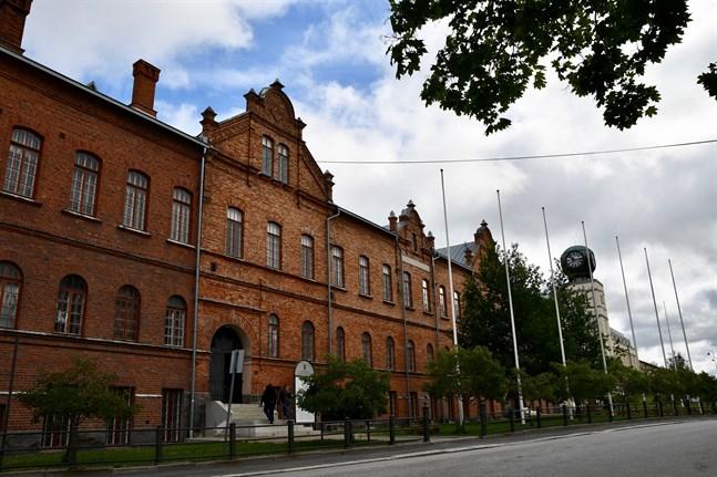 Jakobstad söker en målinriktad visionär som är beredd att leda och utveckla staden.