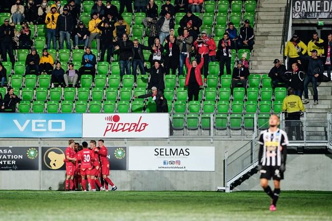 Reaktioner efter 1–3-målet när Jaro vann på Elisa stadion i september 2020. Hur går det i kväll?