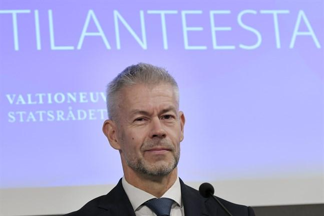 Överläkaren Taneli Puumalainen vid institutet för hälsa och välfärd.