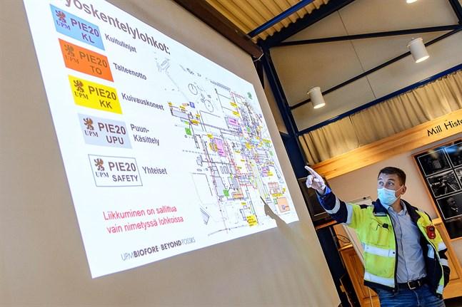 Simon Fagerudd leder verksamheten vid UPM i Jakobstad.