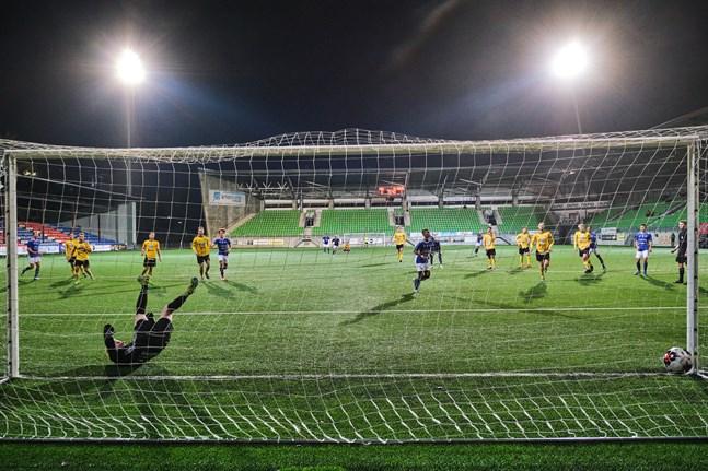 Bilden är från senaste derbyt mellan VIFK och Kiisto på Elisastadion.