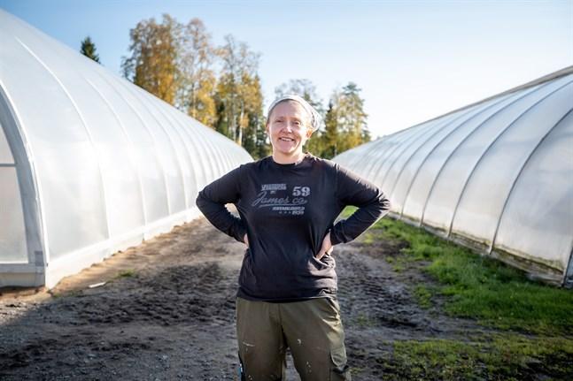 Elina Ihamäki-Närkki har växt upp med växtodling.