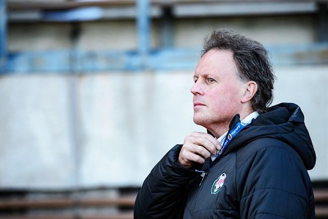 Fredrik Haga är nöjd med lagen i division ett får chansen att slutföra seriespelet.