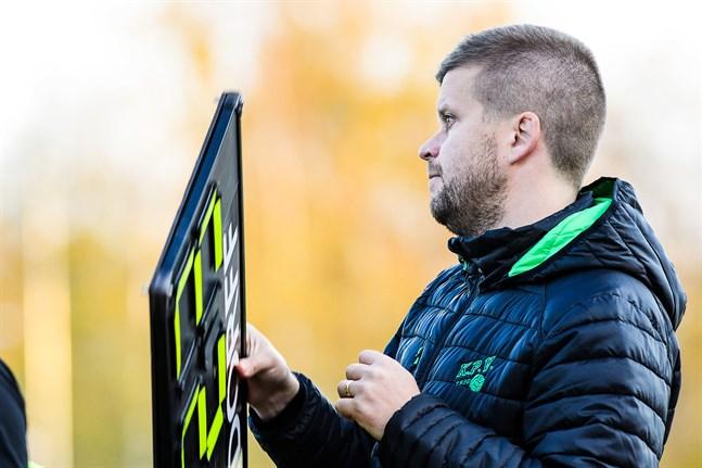 Niko Kalliokoski tränar Kokkolan Pallo-Veikot även säsongen 2021.