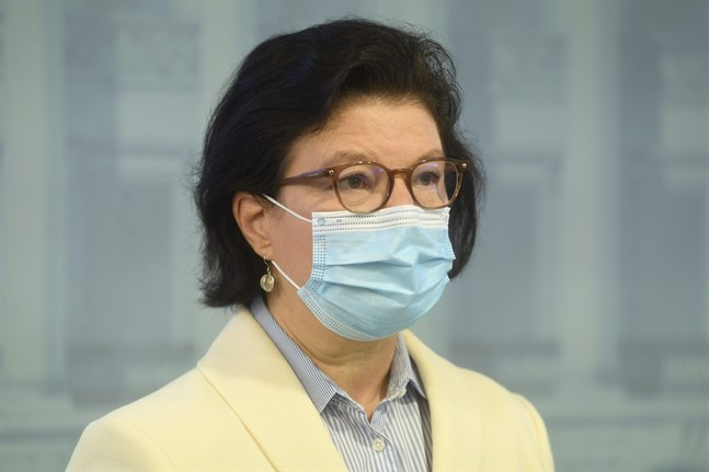 """""""Vi är nu inne i epidemins andra fas. Det är ett faktum"""", säger strategichef Liisa-Maria Voipio-Pulkki på Social- och hälsovårdsministeriet."""