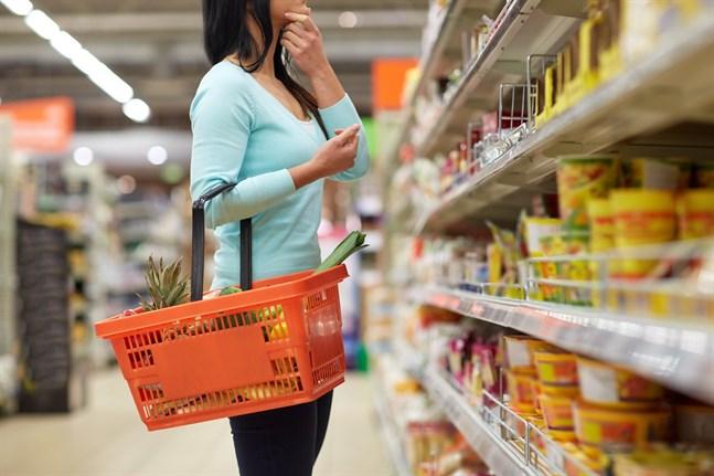 Intresseorganisationen Finsk Handel rekommenderar att alla kunder ska använda munskydd när de besöker affärer och köpcentrum.