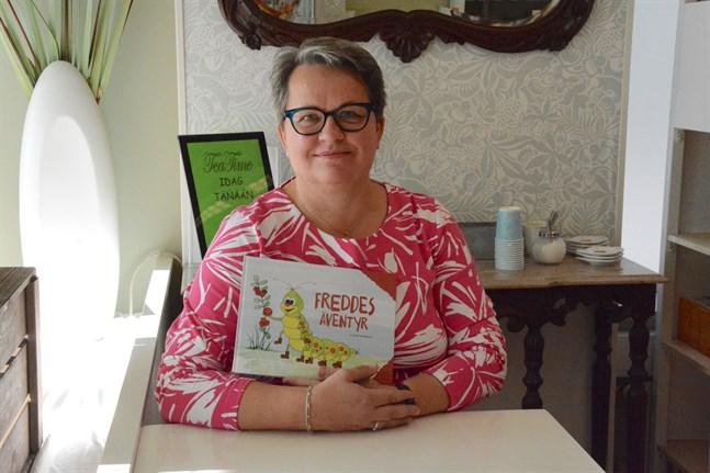Gunilla Mäkelä har gett ut sin allra första barnbok. Idéer till fler böcker finns.
