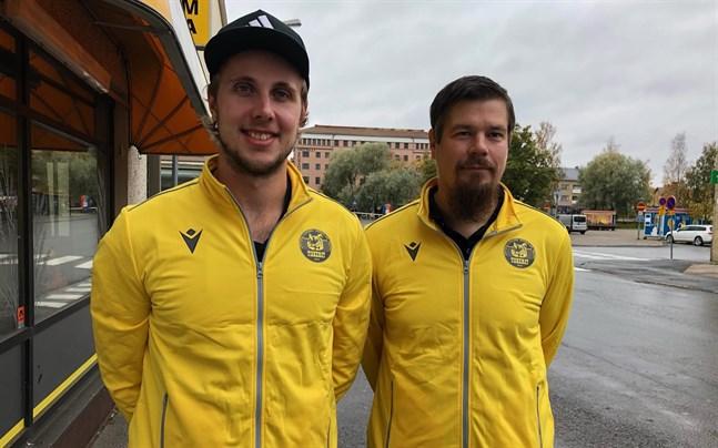 Lagkaptenen Antti Leppälä och tränaren Mikko Keskisipilä är redo för ligasäsongen, som för Tiikerits del startar på lördag.