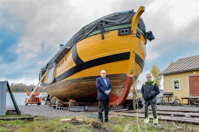 Peter Boström och Max Lasén är nöjda med att Jacobstads Wapen nu är i toppskick.