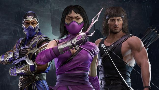 """Rambo kliver in på scenen i """"Mortal kombat 11"""". Han gör sällskap av två slagsmålskämpar från tidigare delar i serien, Rain och Mileena. Pressbild."""