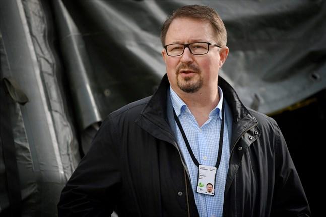 Erfarenheterna från övriga utbrott på senare tid talar för att det lugnar sig i Vasa också två veckor efter utbrottets början. Det säger Mika Salminen.