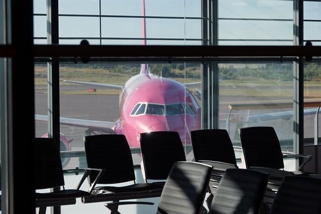 Flygbolaget Wizzair flyger mellan Åbo och Larnaca på Cypern en gång i veckan.