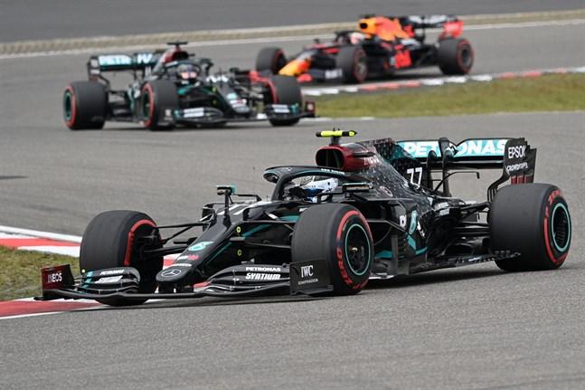 Valtteri Bottas helg i Tyskland slutade i stor besvikelse. Luckan upp till Lewis Hamilton börjar vara så stor att hoppet om att vinna VM-serien är ute.