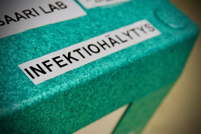 Av de över 100 personer som deltog i ett privat andligt evenemang i Jyväskylä för två veckor sedan har redan minst 50 personer bekräftats smittade med coronaviruset.