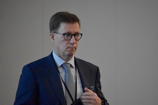 Mikko Pietilä, chefsöverläkare vid Egentliga Finlands sjukvårdsdistrikt, säger att vi borde koncentrera oss på helheten och inte på enstaka fall. Arkivbild.