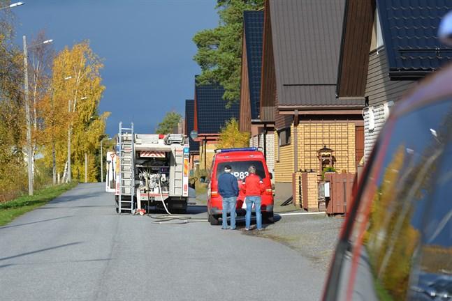 Brandkåren ryckte ut till bostadsområdet vid Robertsgatan i Kaskö på onsdagseftermiddagen.