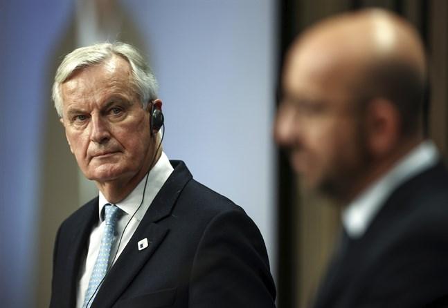 EU:s brexitförhandlare Michel Barnier och permanente rådsordföranden Charles Michel håller presskonferens i Bryssel.