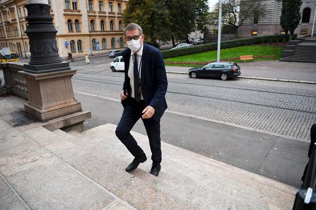 Finansminister Matti Vanhanen (C).