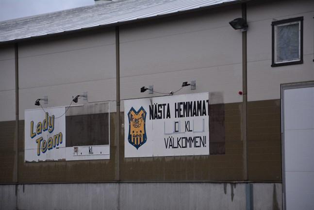 Ishallen är stängd och som det nu ser ut blir nästa hemmamatch för Kraft först i november.