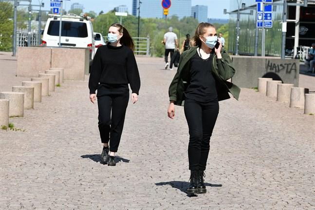 Antalet nya coronafall och incidensen har fördubblats i Finland under de senaste 14 dagarna.