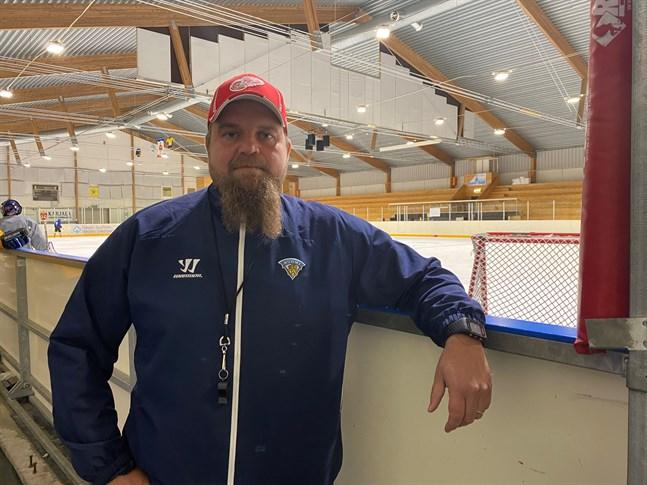 Krafts tränare Peetu Koponen säger att det är bra att laget får slipa på detaljerna så här en vecka innan seriestart.