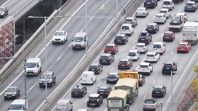 Nyregistreringarna av personbilar i EU, Efta-länderna och Storbritannien ökade med en procent i september, jämfört med samma månad förra året. Arkivbild.