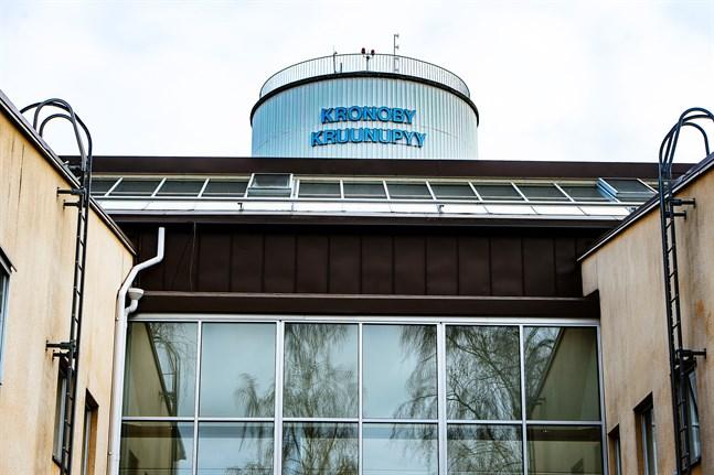 Få enskilda kommuner har diskuterats så mycket som Kronoby i regeringens interna beredning av vårdreformen.