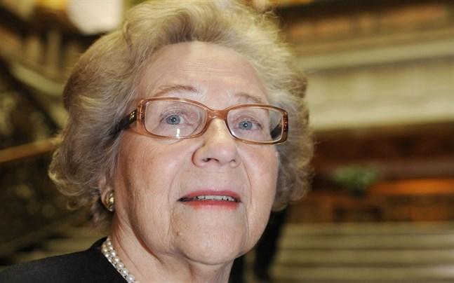 Minister Marjatta Väänänen har gått bort.
