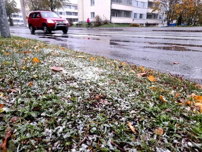 Så här såg det ut i Brändö på söndagsförmiddagen.