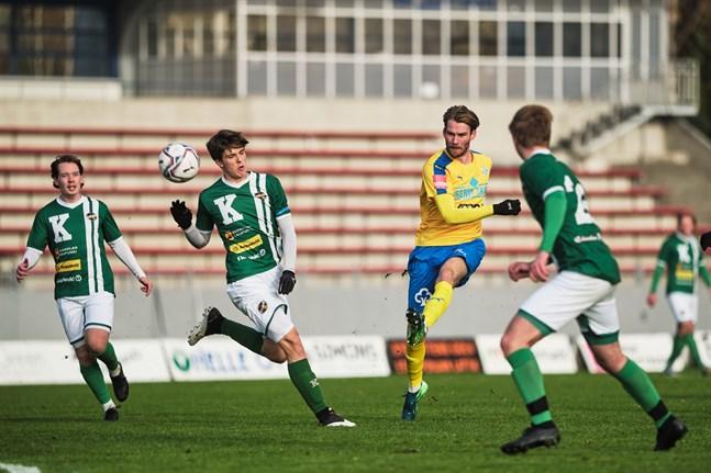 Det gick inte vägen för de gröntröjade KPV:arna i den avgörande matchen i Närpes.