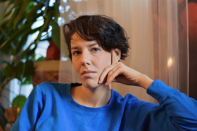 I Jakobstad träffade dokumentärfilmaren Anna-Sofia Nylund människor som blivit kvar och människor som flyttat bort, men valt att återvända.