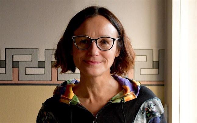 Eva-Helén Ahlberg, producent för Kulturkarnevalen, säger att Kulturkarnevalen betytt mycket för många ungdomar och att arrangörerna vill ge något positivt åt dem i dessa tider.