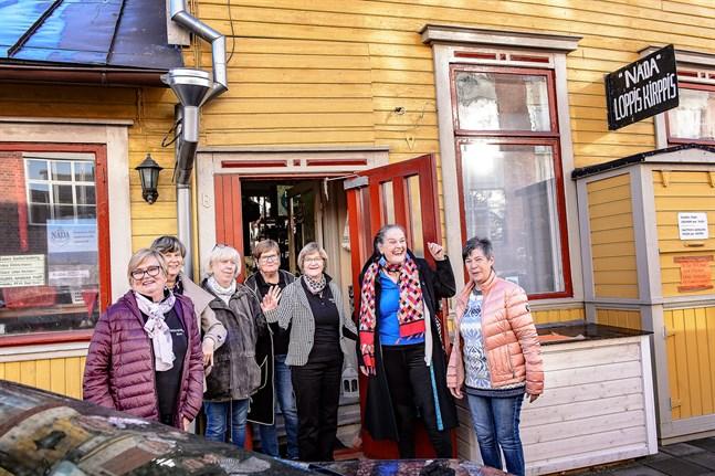 Glada miner inom Nada-Nords styrelse som består av Eivor Haga, Gitta Wik, Helena Westerlund, Gunda Öman, Ann-Britt Sandvik, Gunilla Luther-Lindqvist och Rose-May Svartgrund.