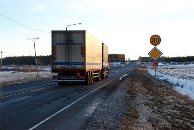 100 blir 80 på de flesta vägar när det nu är dags att övergå till vinterhastighet igen.