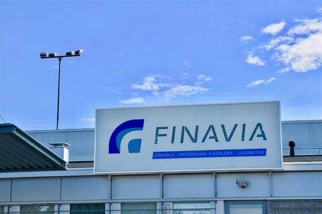 Finavia tänker genomföra sitt utvecklingsprogram för flygplatserna trots coronaepidemin.