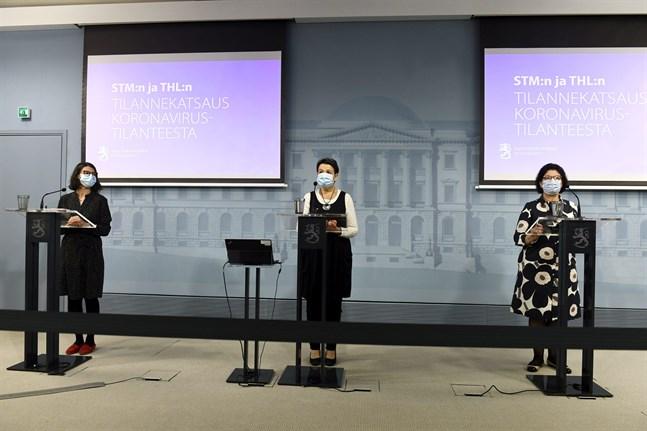 Anna Katz, THL, Kirsi Varhila, från ministeriet och Liisa-Maria Voipio-Pulkki, THL.