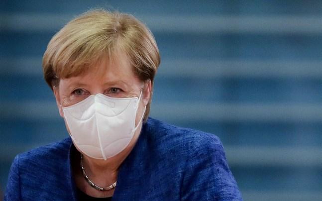 Tysklands förbundskansler Angela Merkel inför ett regeringsmöte i Berlin i onsdags.