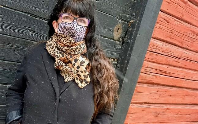 Matcha alla accessoarer också med munskyddet.
