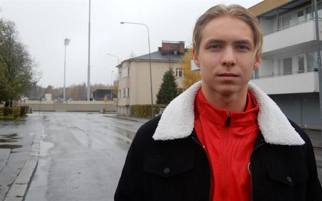 Axel Vidjeskog är redo för en ny stormatch på hemmaplan. På lördag väntar KTP: